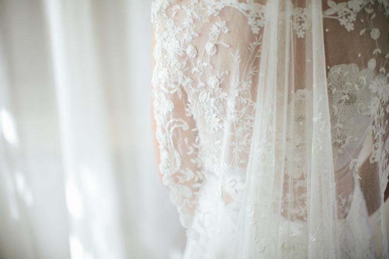 wedding dress detail veil