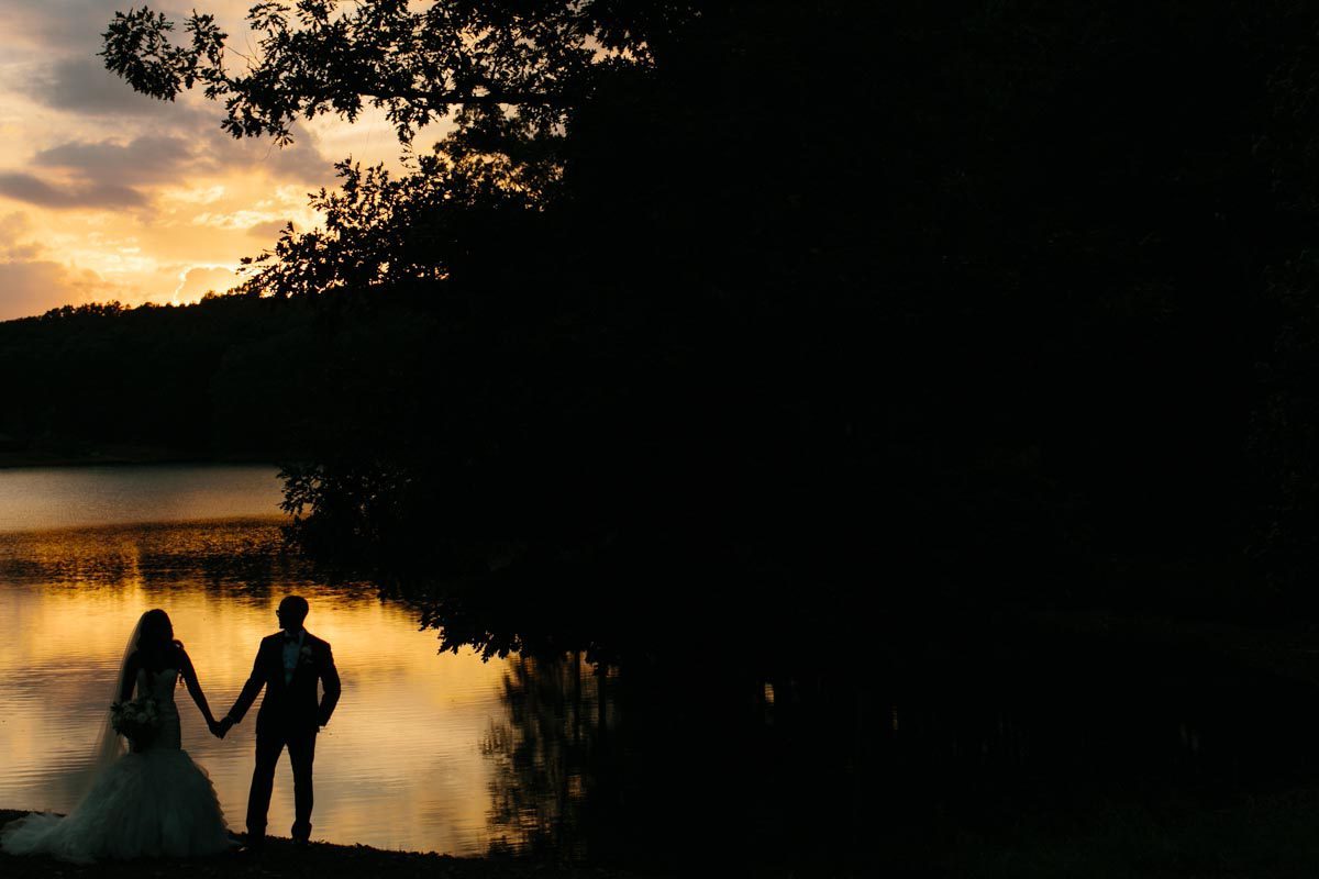 romantic sunset photo bride and groom