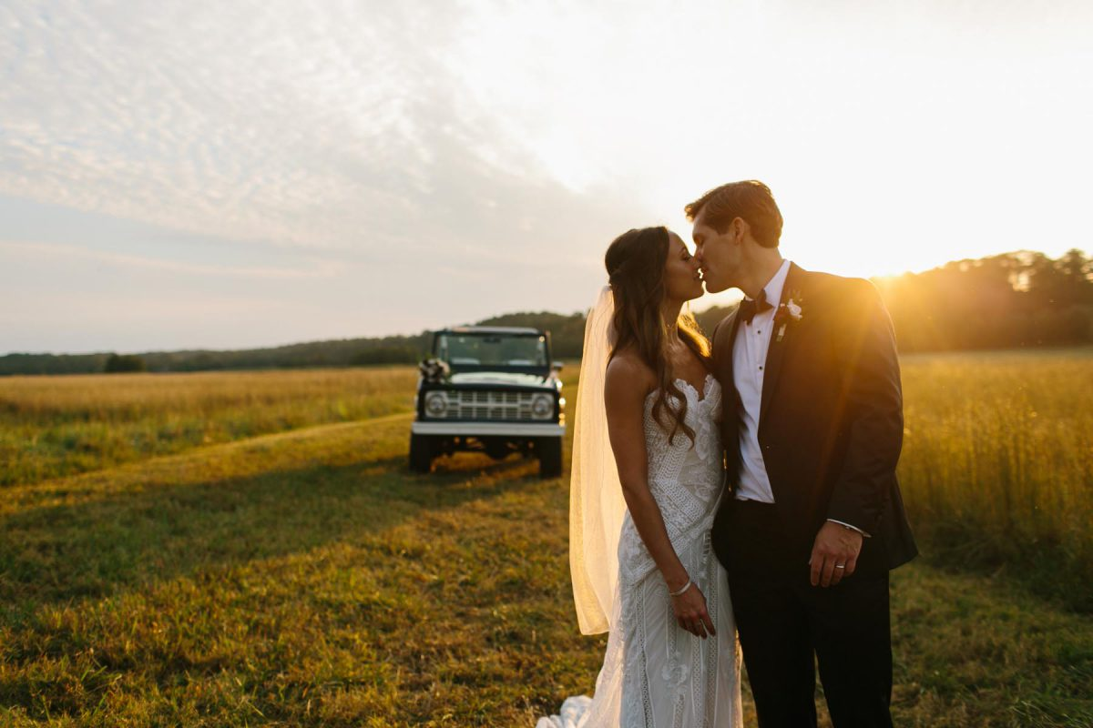 stunning sunset wedding photos Foxhall Resort
