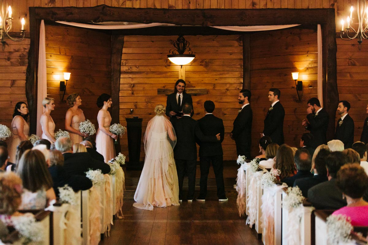 panos-wedding-blog-indigo-falls-wedding-37