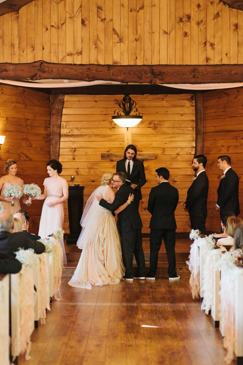 panos-wedding-blog-indigo-falls-wedding-41