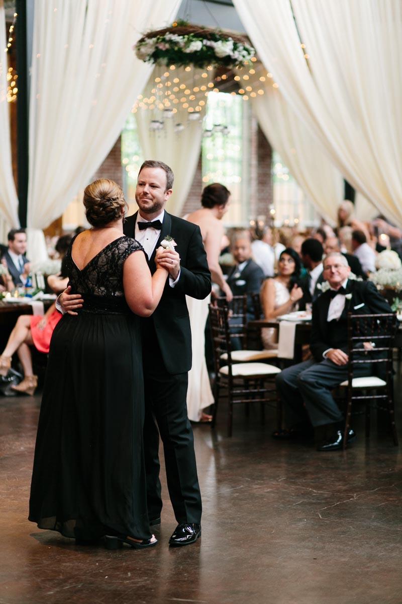 jennifer-and-ryan-atlanta-wedding-photography-foundry-at-purtian-mill-wedding-blog-57