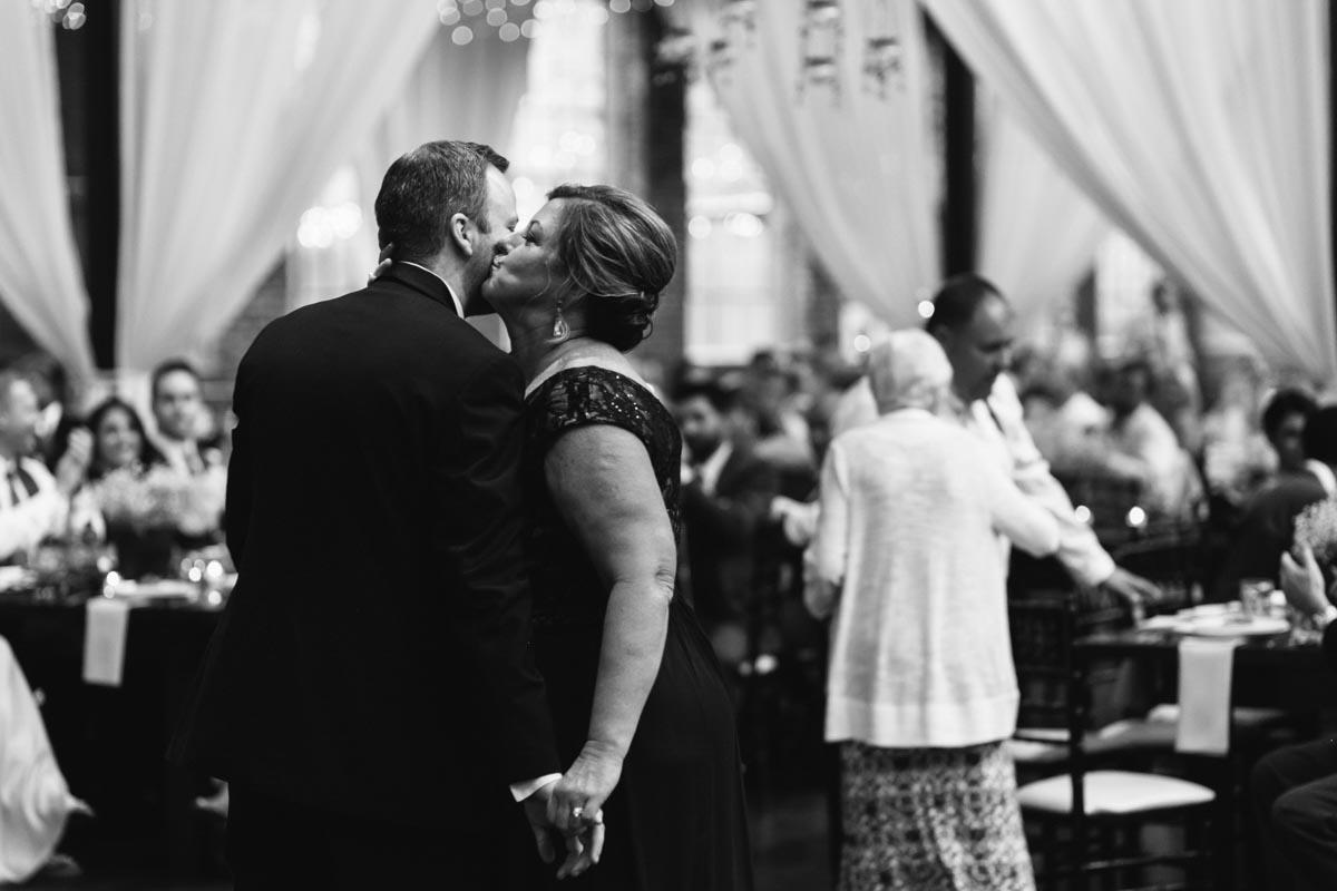 jennifer-and-ryan-atlanta-wedding-photography-foundry-at-purtian-mill-wedding-blog-58