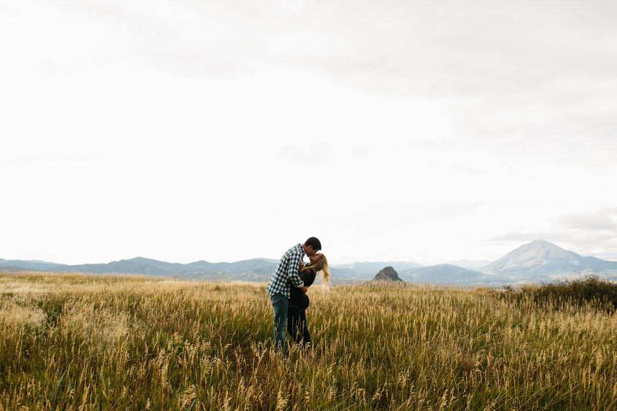 lauren-and-michael-colorado-adventure-engagement-session-17