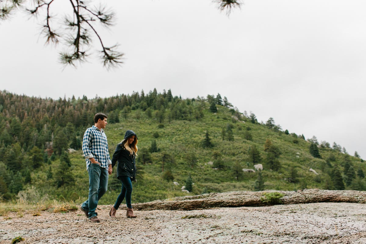 lauren-and-michael-colorado-adventure-engagement-session-24