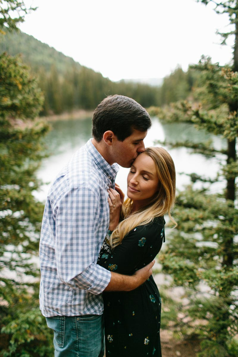 lauren-and-michael-colorado-adventure-engagement-session-37