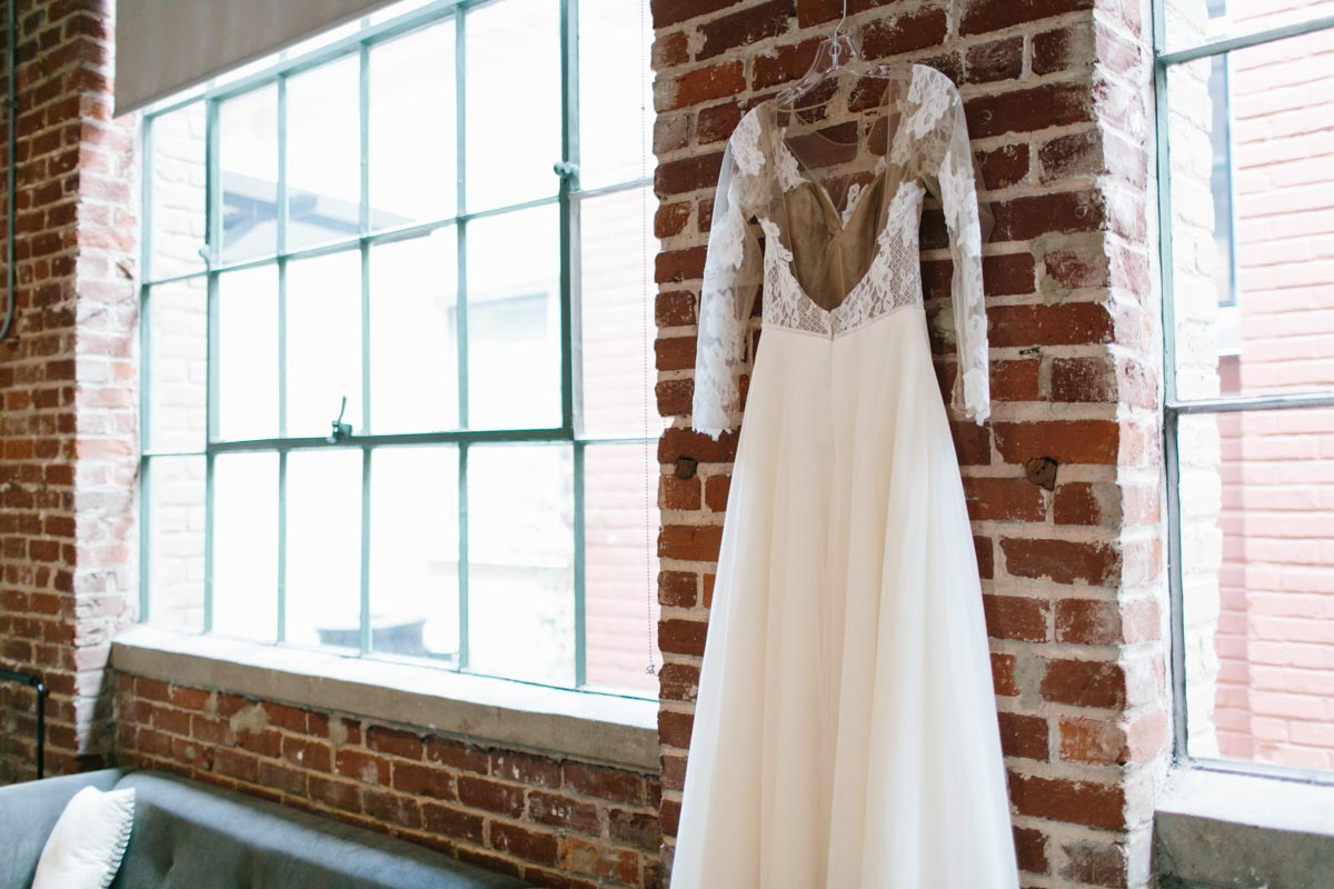 johnson-atlanta-wedding-photographer-foundry-at-puritan-mill-7