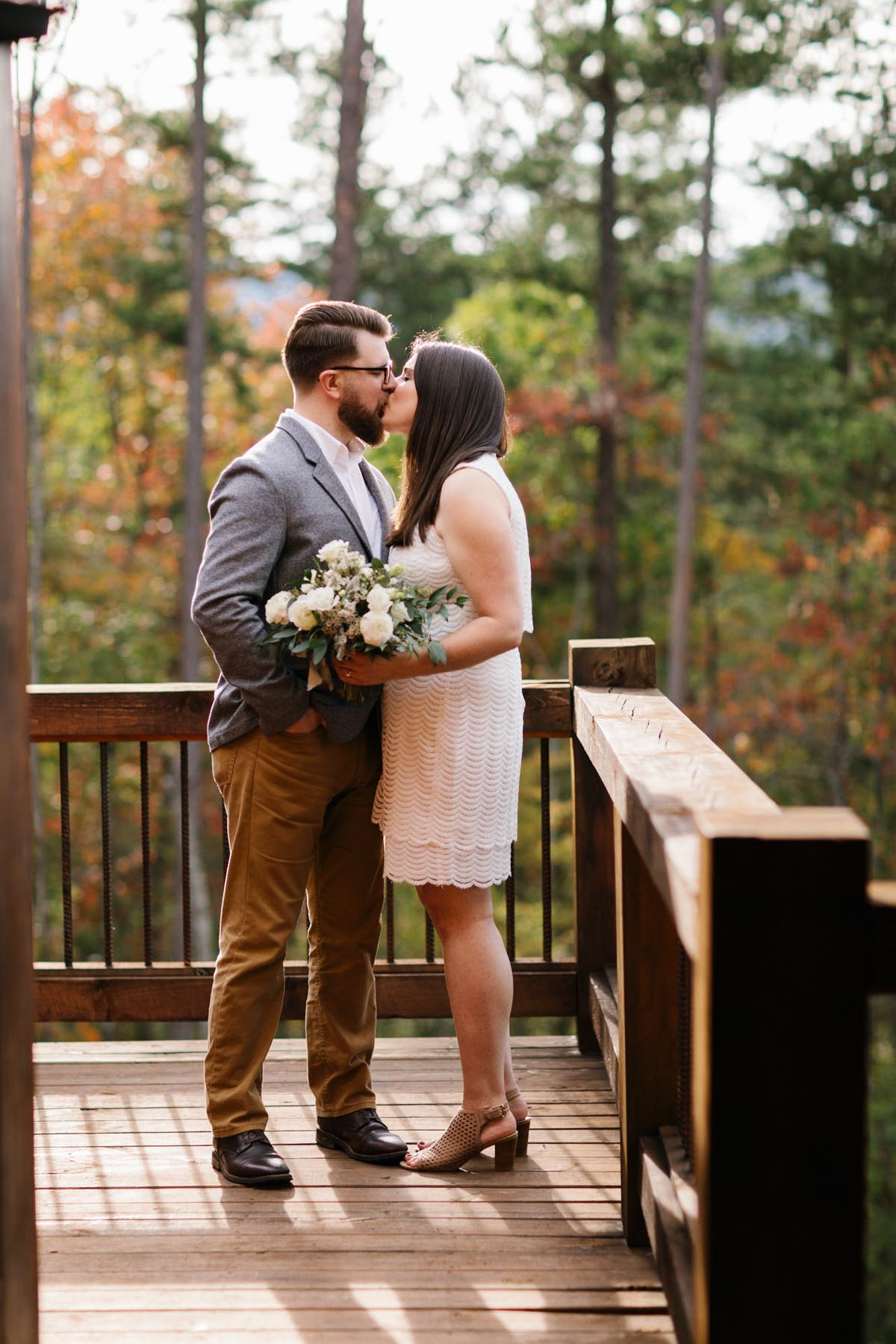 blue ridge cabin wedding