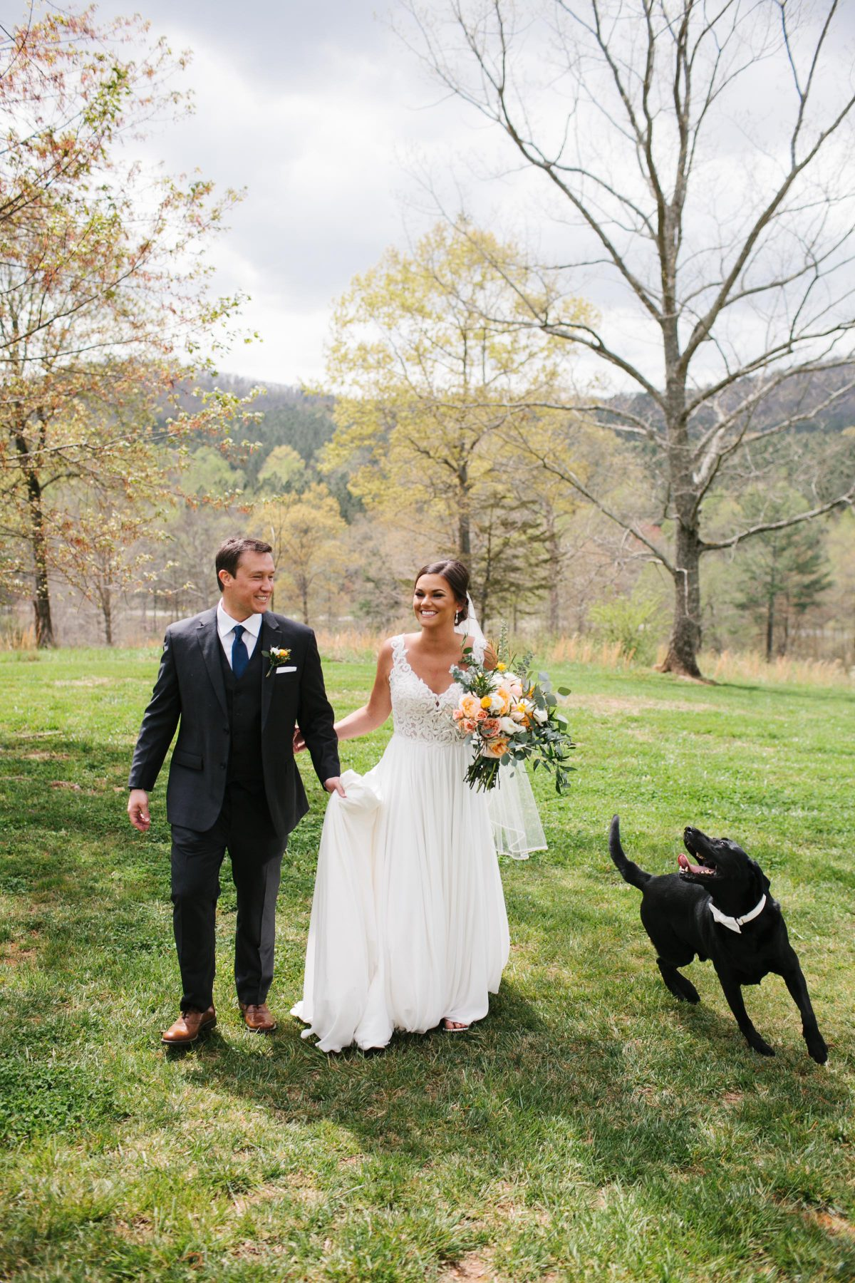 wedding couple with dog
